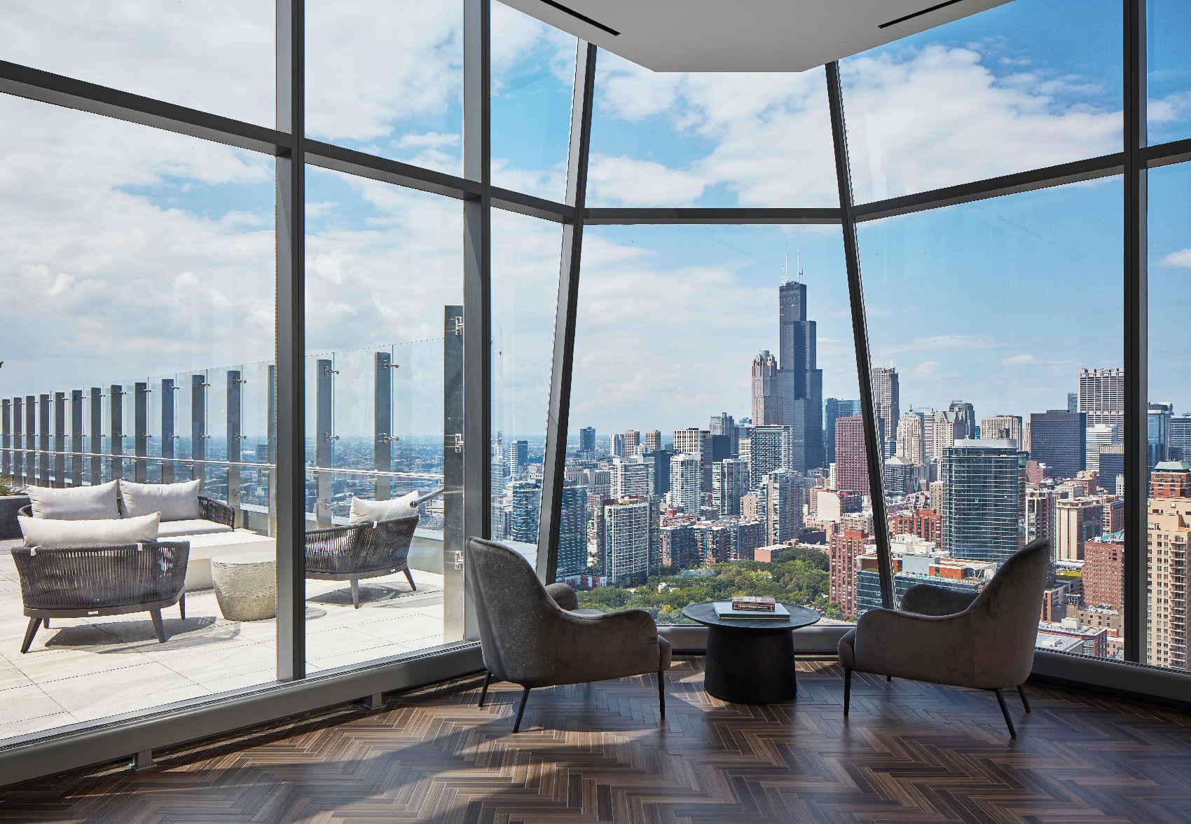 amenities sky lounge